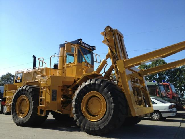 Caterpillar 988 DV43 Container Handler